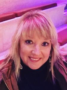 Lynn Lyons
